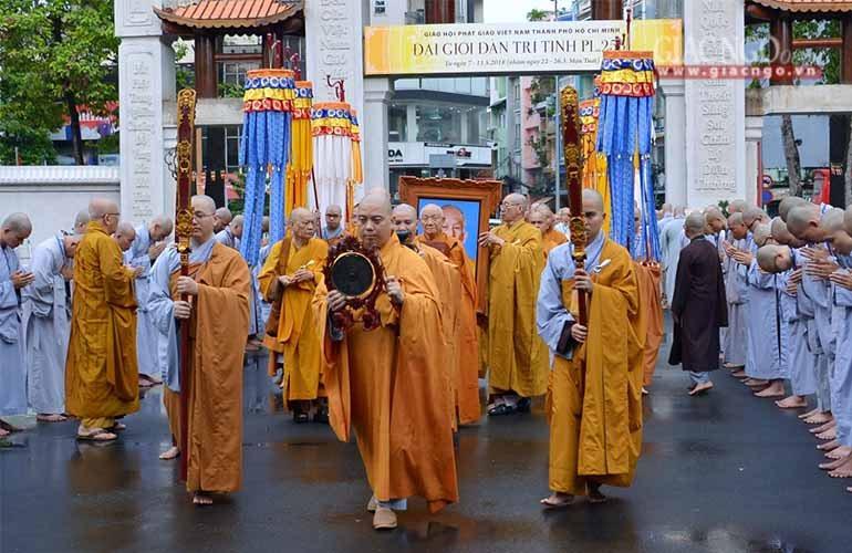 Thiêng liêng lễ cung thỉnh Giới bổn về Việt Nam Quốc Tự